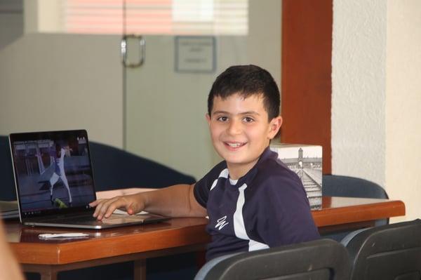 Blog-Imagen-como-mejorar-aprendizaje-distancia-de-hijo-optimiza-uso-dispositivos-electronicos-Colegio-Williams-de-Cuernavaca-Oct