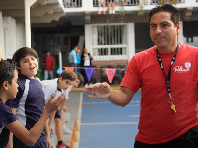 actividades-extraescolares-del-colegio-williams-cuernavaca-thumbnail-video-profesor