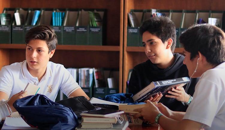 mejor-secundaria-trilingue-en-cuernavaca-imagen-masoneria-sociedad-de-alumnos